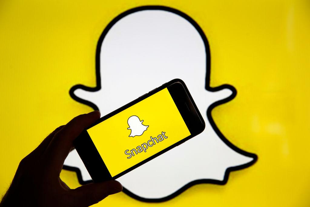 Snapchat a lansat funcția video, care va concura TikTok și Instagram Reels