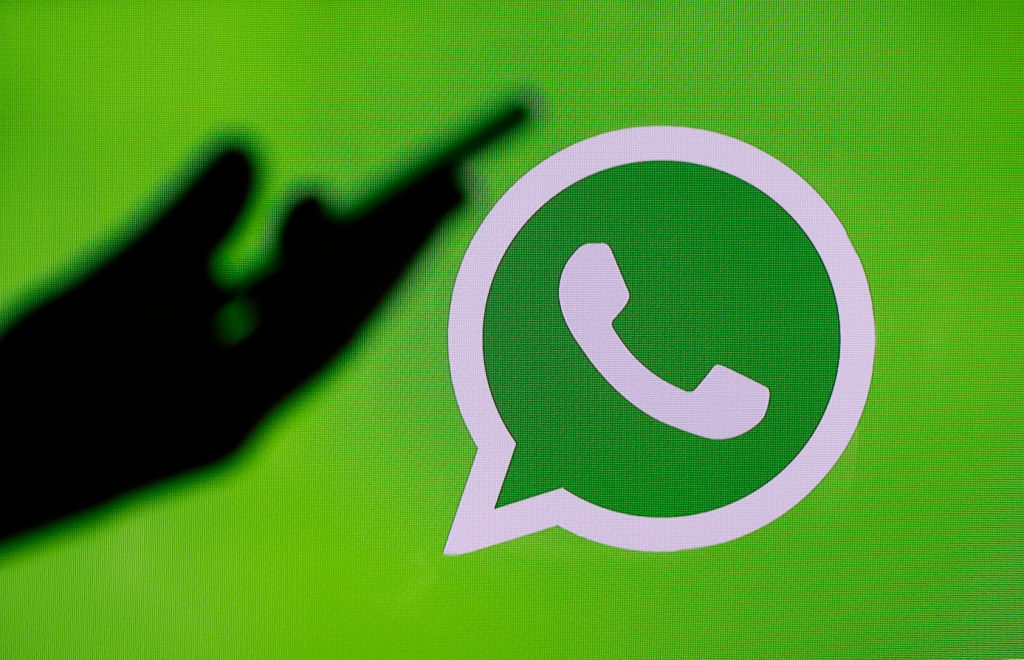 Bărbat arestat la Iași pentru un mesaj pe WhatsApp. Cum a fost posibil
