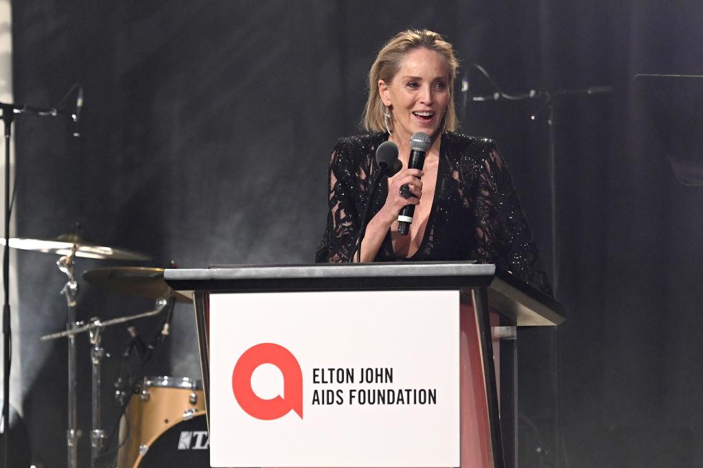 Sharon Stone îl va ajuta pe Joe Biden în lupta anti-cornavirus. Cum a dobândit experiență actrița