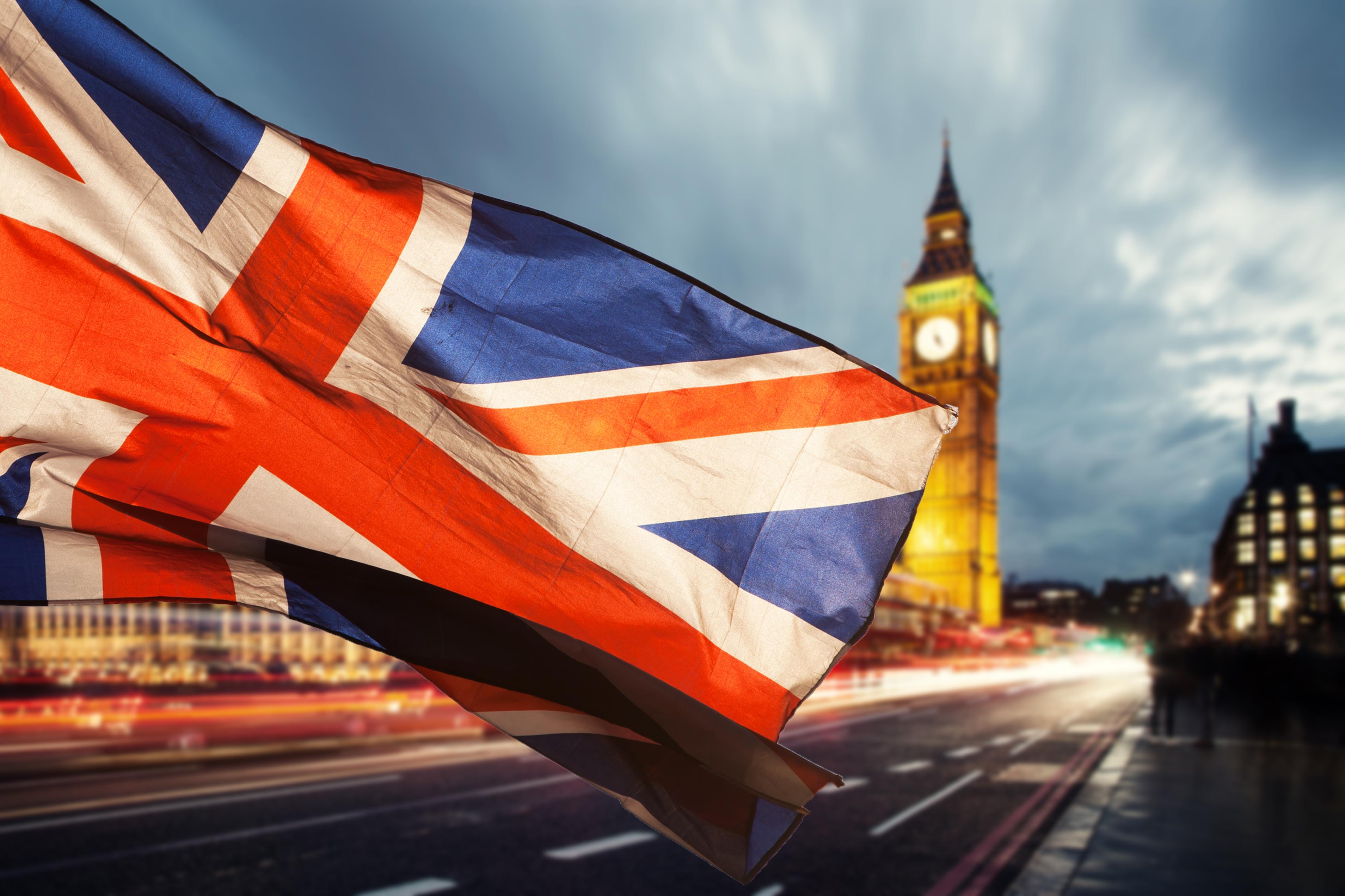Marea Britanie va împrumuta o sumă record în acest an, din cauza pandemiei de coronavirus