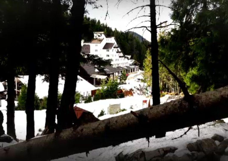 Staţiunile de munte, pline de turişti. Mulţi au uitat de măşti şi distanţare