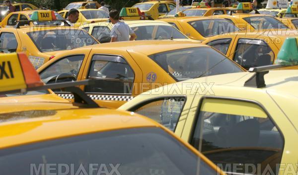 Aproape 70 de taximetristi au fost amendati in numai doua ore. Ce abateri au constatat politistii
