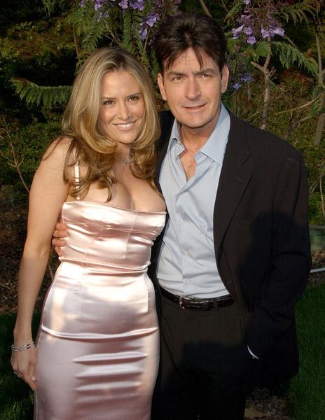 Charlie Sheen a fost eliberat din arest