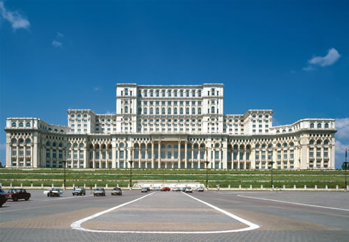 Casa Poporului, doar locul 8 in preferintele strainilor din Romania