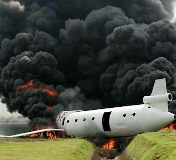 Un avion rusesc a aterizat intr-o... padure!