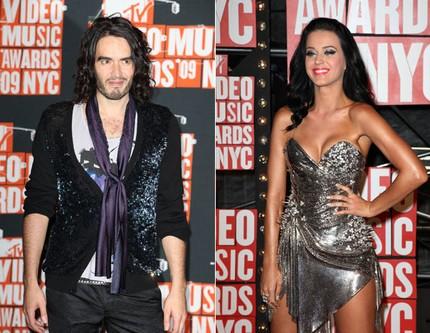 Katy Perry divorteaza de Russel Brand. Care este motivul despartirii