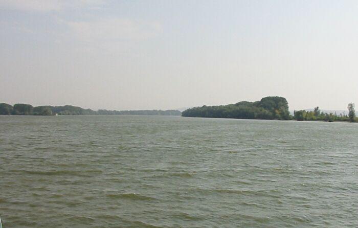 Cod rosu de inundatii in Satu Mare si cod portocaliu pe Dunare