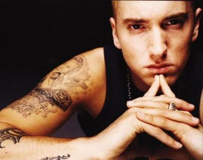 Eminem, dat in judecata pentru plagiat de un cersetor. Suma exorbitanta pe care acesta o cere