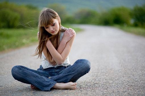 SOCANT. O fata de 13 ani a fost supusa la perversiuni sexuale de stomatolog