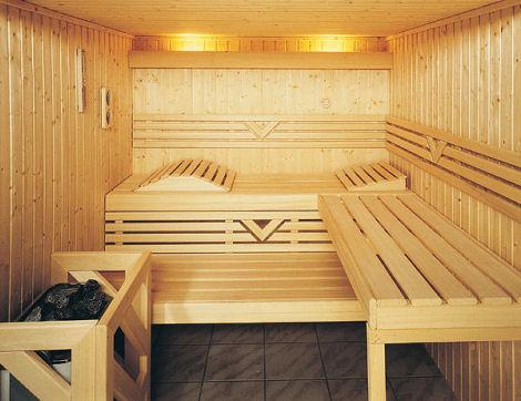 Doua femei, mama si fiica, au murit in noaptea de Inviere dupa ce au ramas blocate in sauna timp de 90 de minute