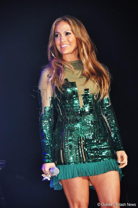 Jennifer Lopez si Robert Pattinson, printre prezentatorii Globurilor de Aur