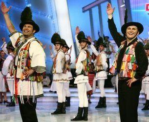 """73 de dansatori vor umple platoul emisiunii """"Dansez pentru tine"""""""