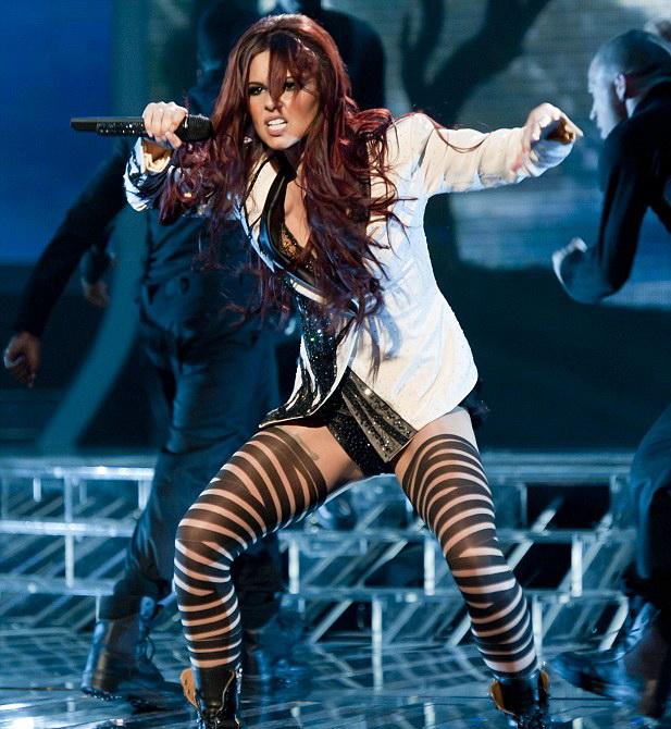 Cheryl Cole, playback in chiloti! Video