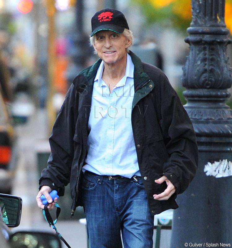 Vesti imbucuratoare: Michael Douglas se simte si arata mai bine