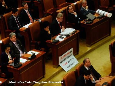 Divergentele dintre PDL si opozitie schimba sistemul de adoptare a legilor