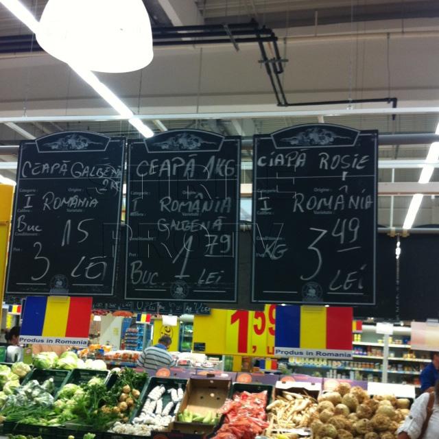 FOTO.Dupa gafa cu DEX-ul, angajatii hypermarketurilor lovesc din nou - acum ceapa le face probleme
