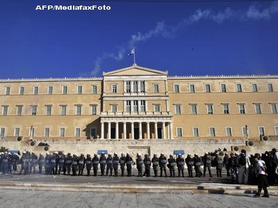 Parlamentul Greciei a votat noile masuri de austeritate. Ce ii asteapta pe eleni