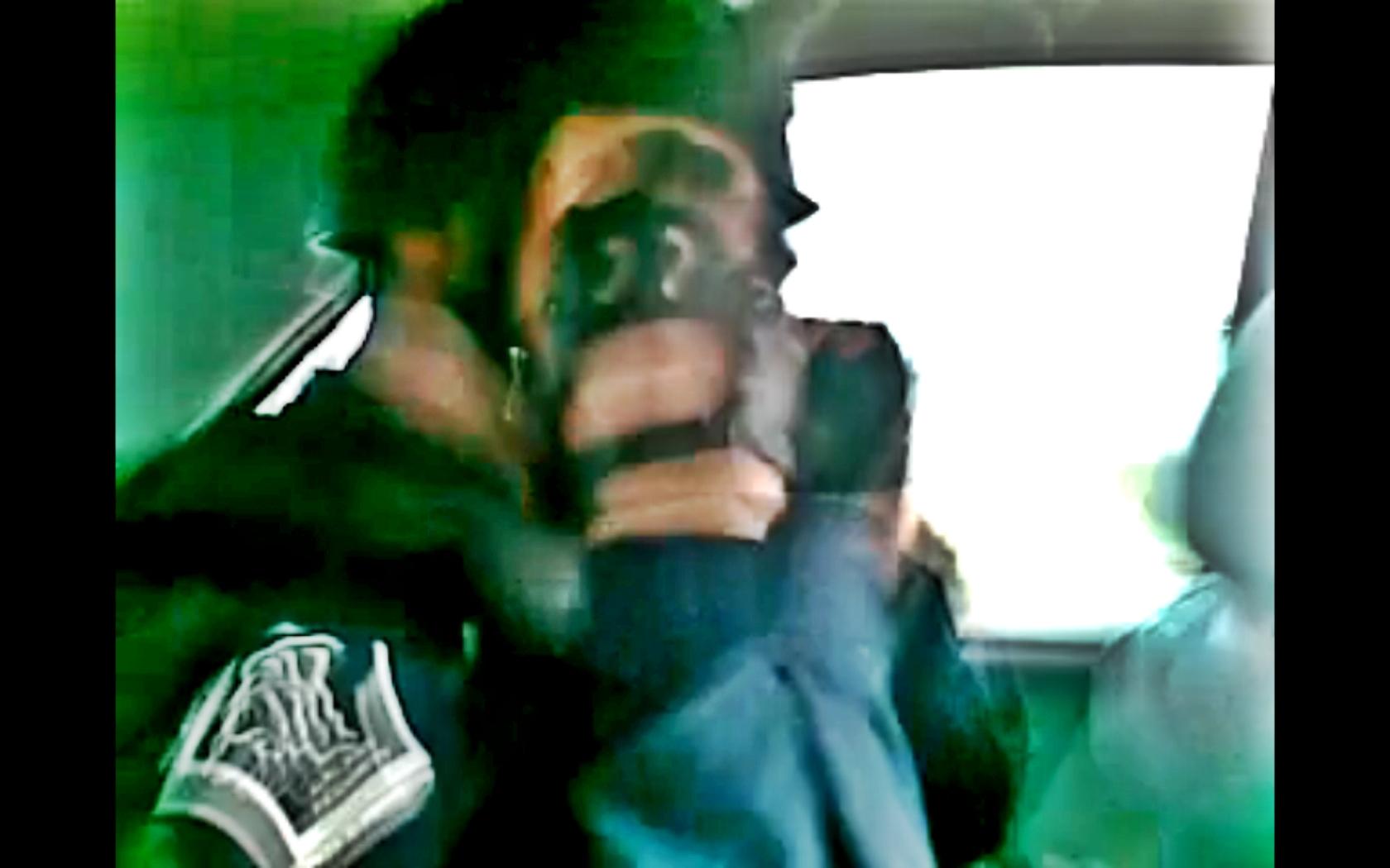 Un agent de paza este cercetat pentru complicitate la furt dupa ce a inscenat o talharie