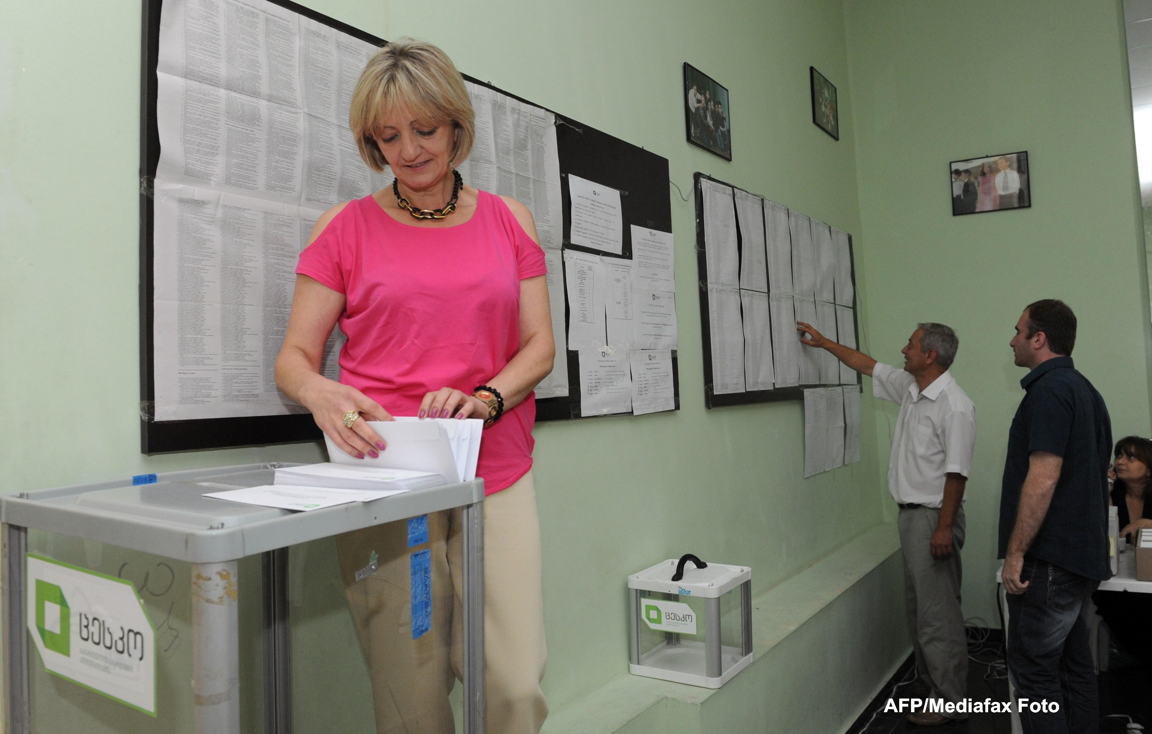 Alegeri legislative in Georgia. Partidul presedintelui Saakasvili se confrunta cu un MILIARDAR