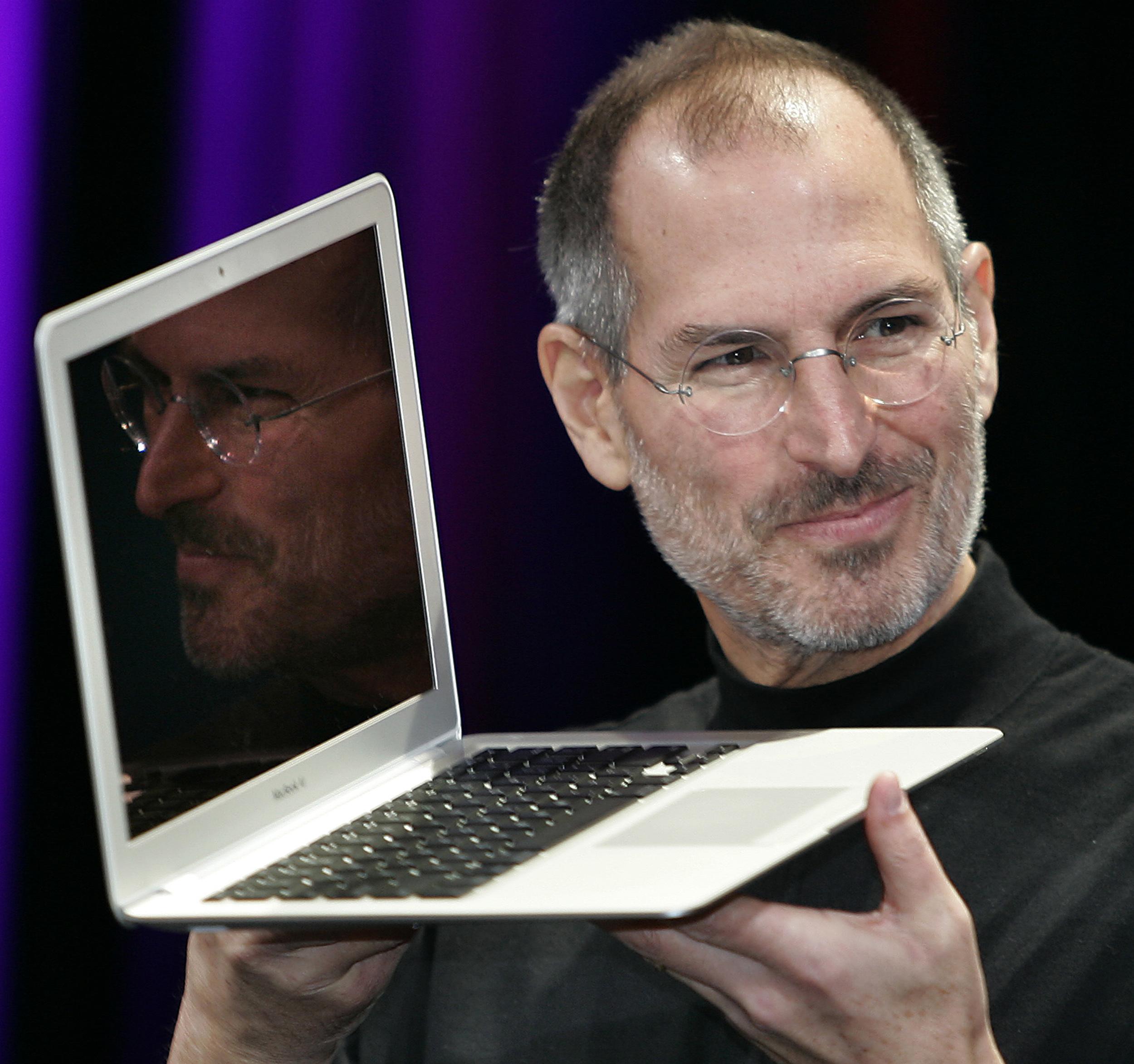 Capsula timpului, ingropata acum 30 de Steve Jobs a fost gasita. Ce a pus in ea fondatorul Apple