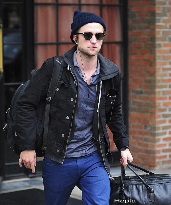 Robert Pattinson ar avea o relatie cu fiica lui Sean Penn. Cum arata blonda care l-a cucerit