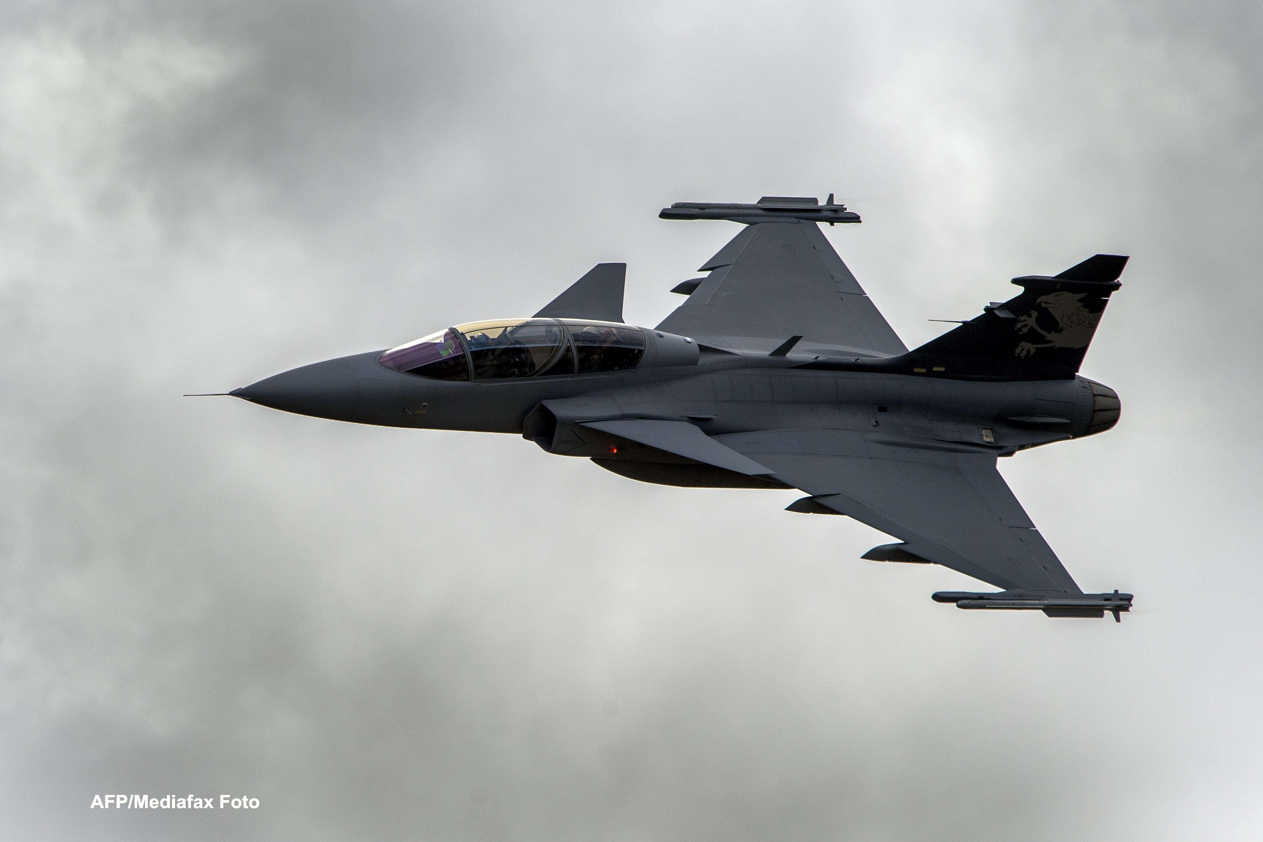 Turcia a trimis doua avioane de lupta la granita cu Siria, dupa ce un oras al sau a fost bombardat
