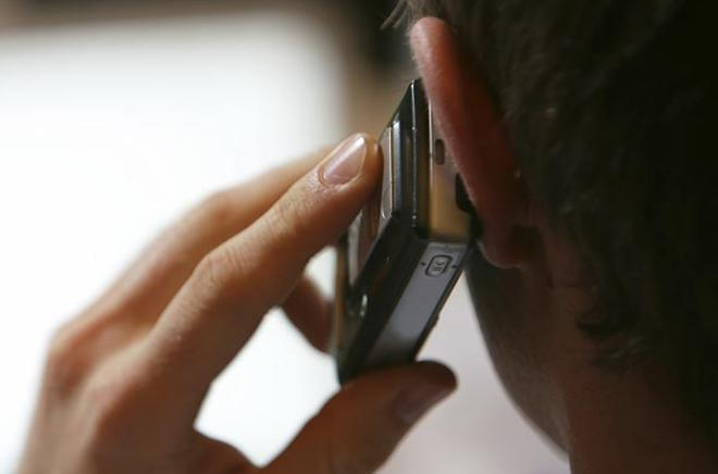 Administratia Penitenciarelor si Autoritatea de Comunicatii vor bloca mobilele detinutilor