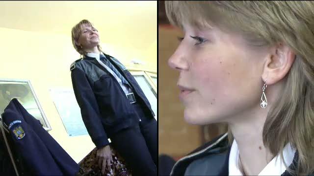 La doar 26 de ani, o politista blonda si cu ochi albastri e sef de post intr-o comuna din Galati