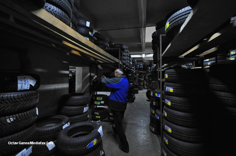 De la 1 noiembrie, anvelopele vor fi vandute doar insotite de etichete clare. Ce contin acestea