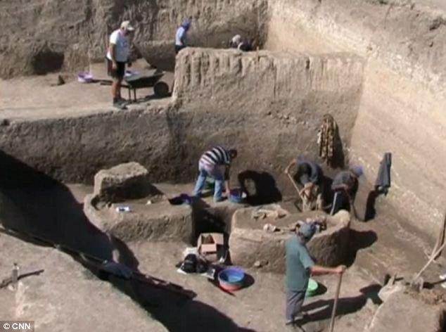 O pâine veche de 14.500 de ani, descoperită de arheologi. Ipoteză surprinzătoare