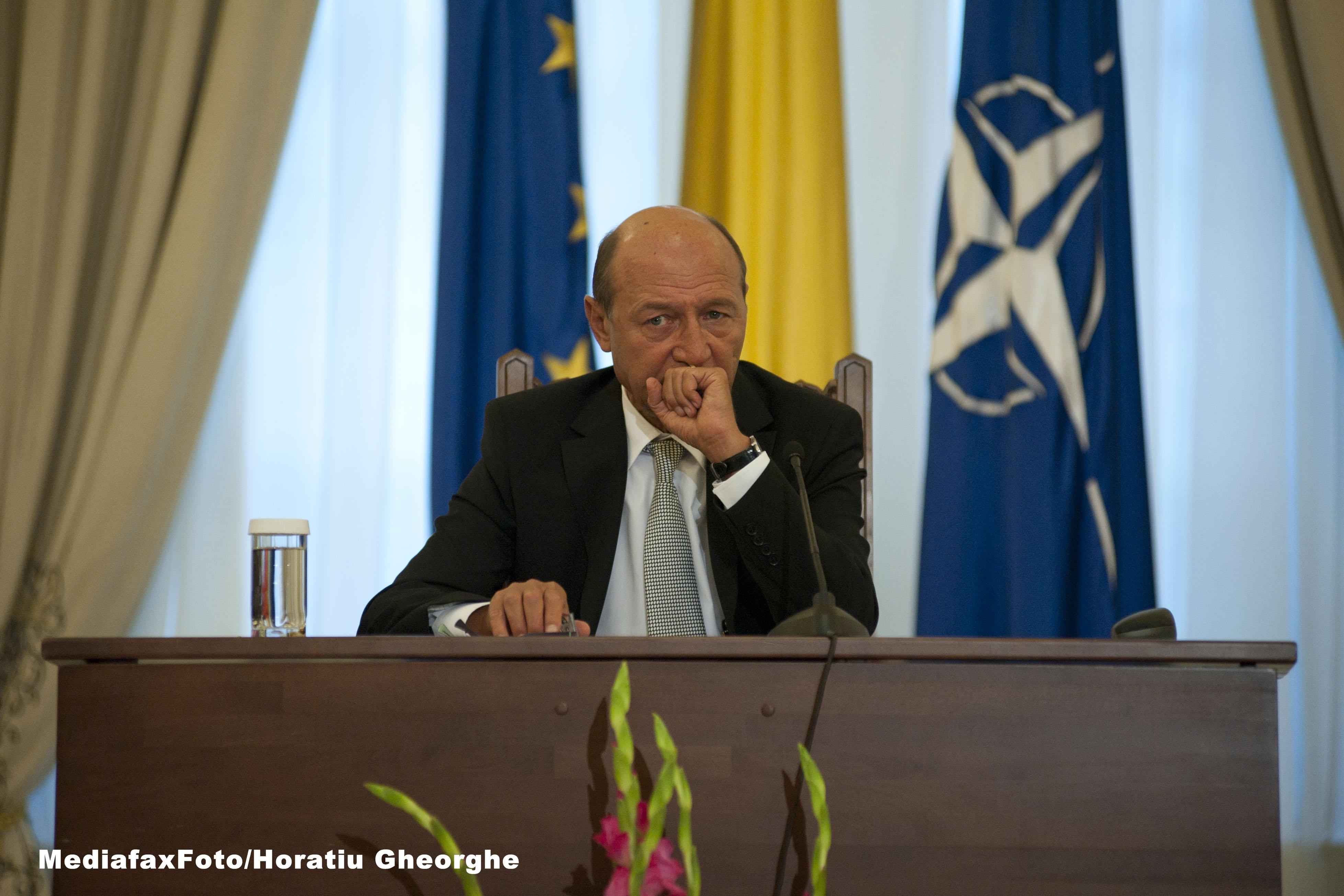 Basescu spune ca atacurile la adresa sa nu au vizat suspendarea, ci acuzatia de inalta tradare