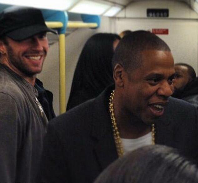 Jay-Z, cel mai bogat rapper în topul Forbes. Mare parte din avere, făcută la bursă
