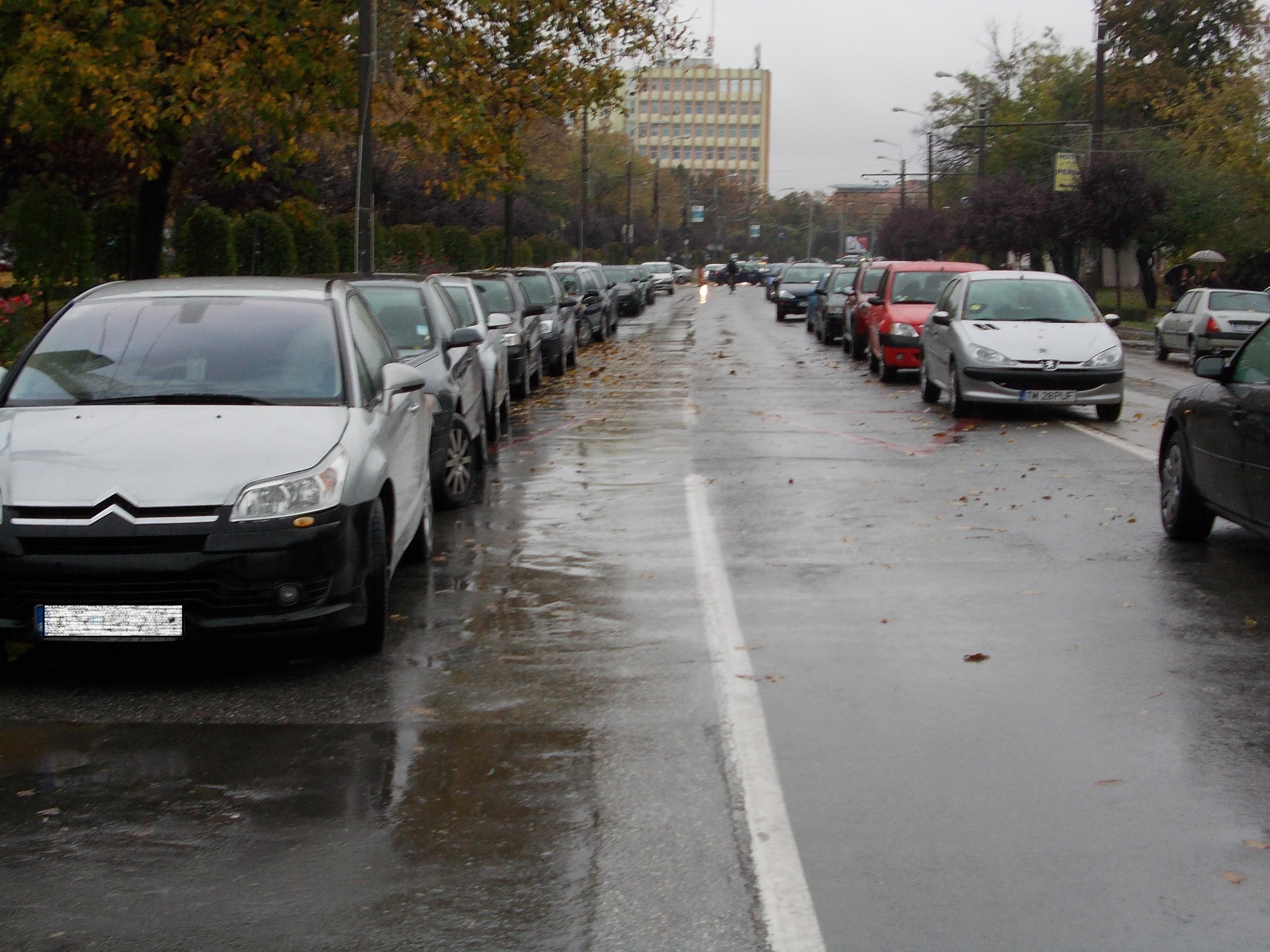 Pentru studenti,vanatoarea locurilor de parcare a luat sfarsit.Cum profita de santierul Michelangelo
