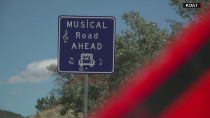 Celebra sosea americana Route 66