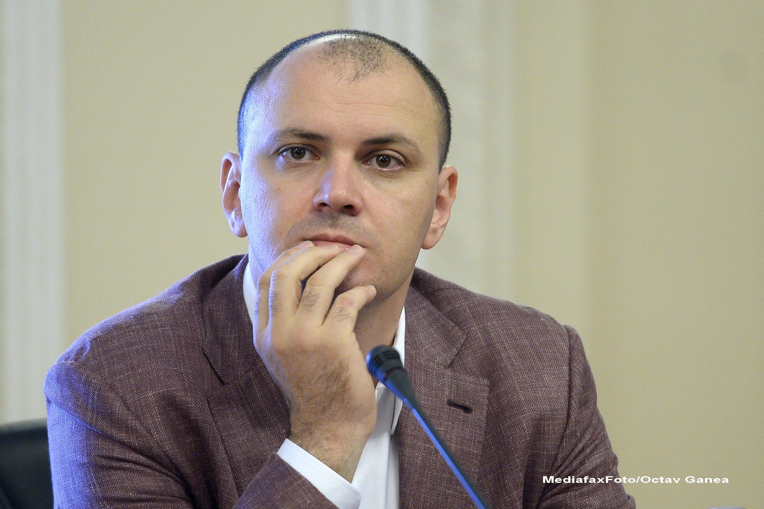 Deputatul PSD Sebastian Ghita cere ca Dan Sova si Viorel Hrebenciuc sa fie suspendati din partid
