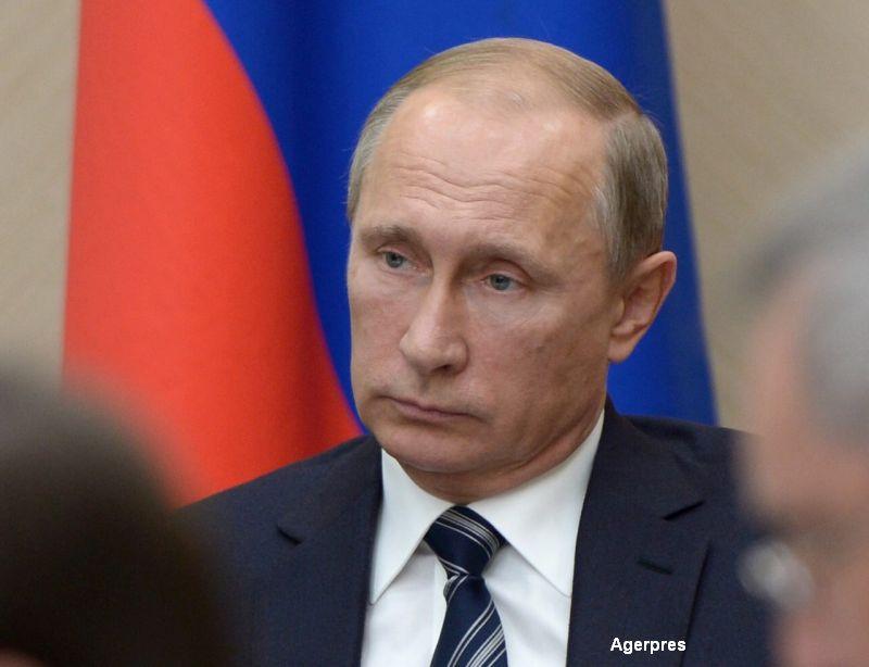 Vladimir Putin a interzis functionarilor rusi sa zboare cu companii aeriene straine. O lege similara este in vigoare in China