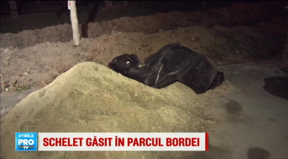 Un schelet uman a fost gasit in Parcul Bordei din Capitala. Prima concluzie a anchetatorilor dupa ce au ajuns la fata locului
