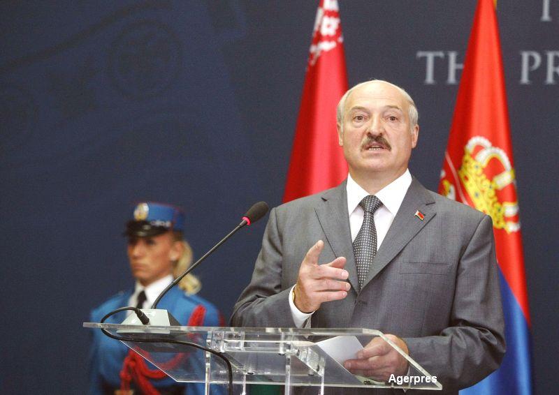 Aleksandr Lukasenko, considerat ultimul dictator al Europei, a fost ales presedinte al Belarusului pentru a 5-a oara la rand