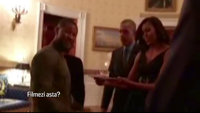 Usher a avut parte de o surpriza din partea presedintelui SUA. Barack si Michelle Obama i-au cantat