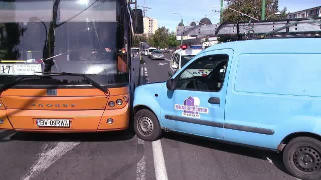 Circulatie blocata vineri in Brasov si Ploiesti din cauza unor accidente rutiere. Ce s-a intamplat
