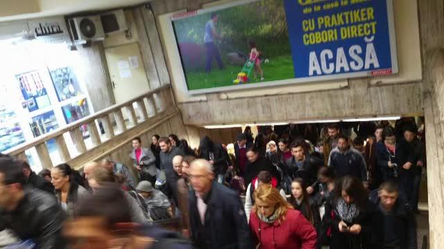 Calatorii, extrem de nemultumiti dupa alarma falsa de la metrou: