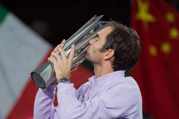 Roger Federer l-a învins pe Rafael Nadal şi a câştigat turneul de la Shanghai