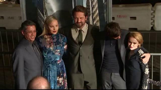 """Alexandra Maria Lara, în filmul """"Geostorm"""", alături de Gerard Butler, Andy Garcia şi Ed Harris"""