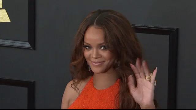 La 29 de ani, Rihanna primeşte o mare onoare din partea ţării ei de origine: o stradă cu numele ei