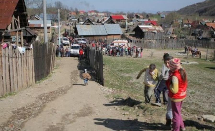 Cartierul de rromi unde 50% din populaţie e minoră, iar 60% dintre femei au ajuns mame înainte de 18 ani