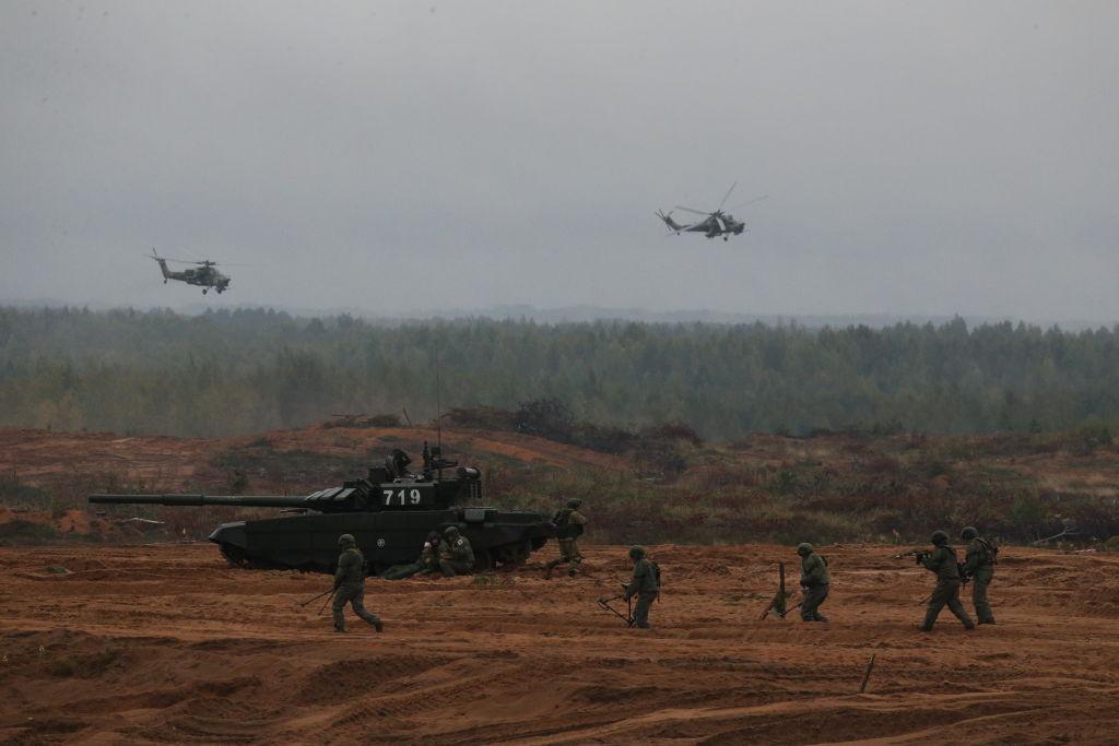 NATO acuză Rusia că a simulat un atac asupra Vestului, la exercițiul militar Zapad