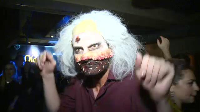 Petrecerile de Halloween au umplut centrul Capitalei de creaturi malefice: