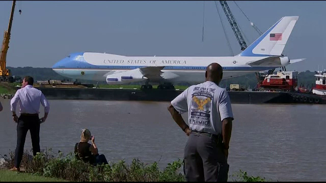 Replică a Air Force One, avionul președinților americani, transformată în muzeu
