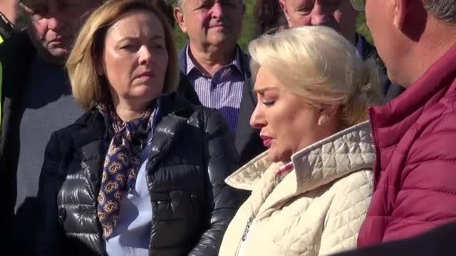 """Dăncilă, """"calamități și dezastre"""" cu limba română într-un discurs. """"Datorită interperiilor vremii"""""""