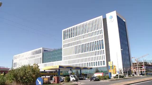 Din cauza epidemiei, clădirile de birouri sunt goale. Cât de mult au scăzut chiriile